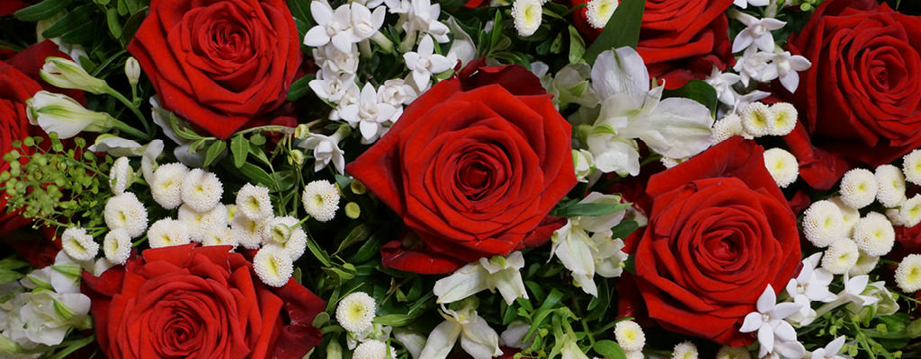 Claudias-Blumenzauber-Trauerfloristik-Trauerkraenze-Florist-Tirol-Vomp2